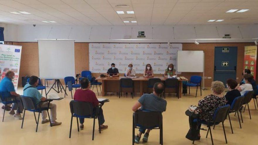 El Ayuntamiento de Puente Genil prepara los actos del día de los mayores