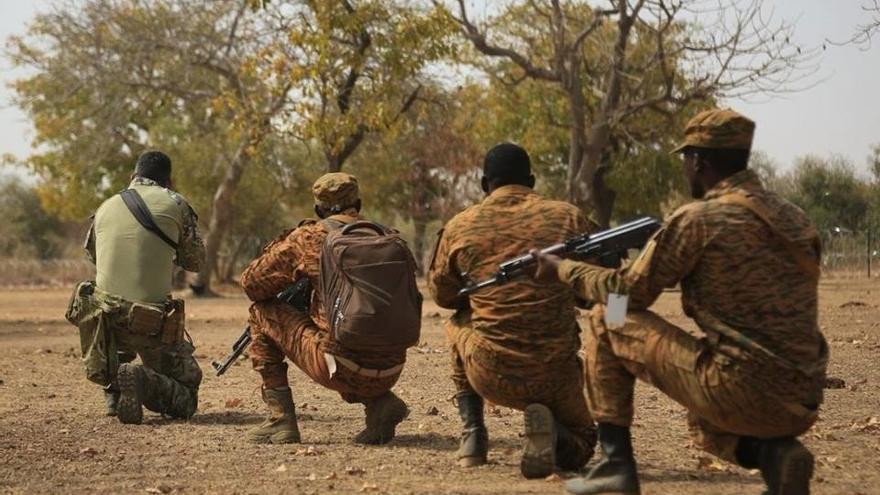 Cinco soldados mueren en un ataque a un convoy en Burkina Faso