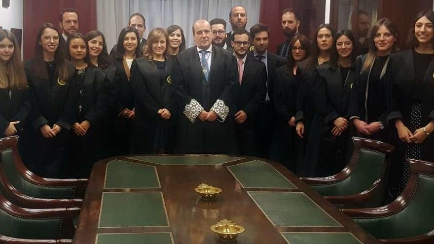 El Colegio de Abogados toma juramento a 19 nuevos letrados