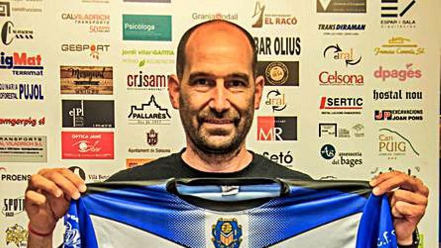 El tècnic Víctor Vera entoma el repte de dirigir el CF Solsona