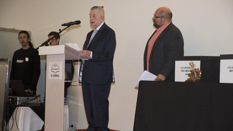 El rector de la UA, Jesús Navarro y el médico Gómez-Reino, Reyes Magos de 2020