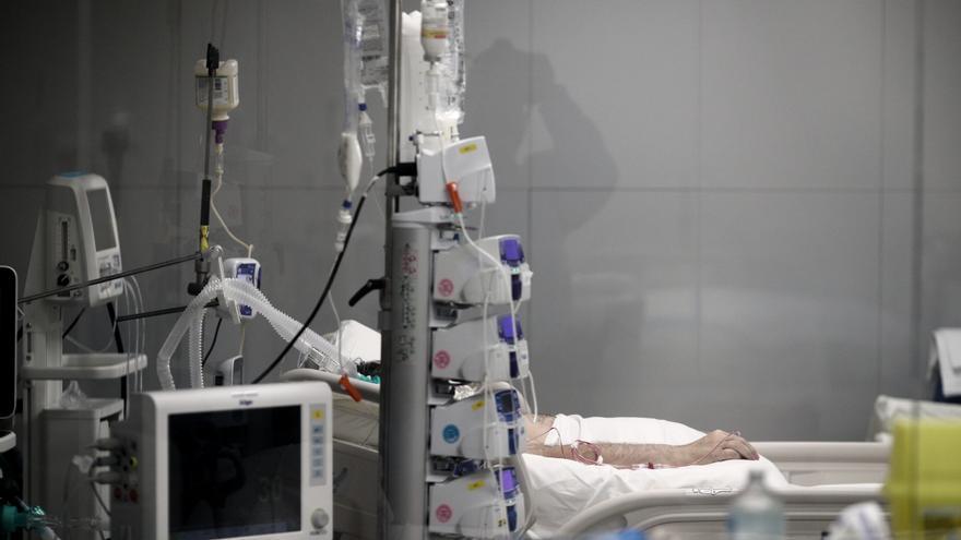 """Sanidad notifica una """"probable reinfección"""" en España con la variante brasileña del coronavirus"""