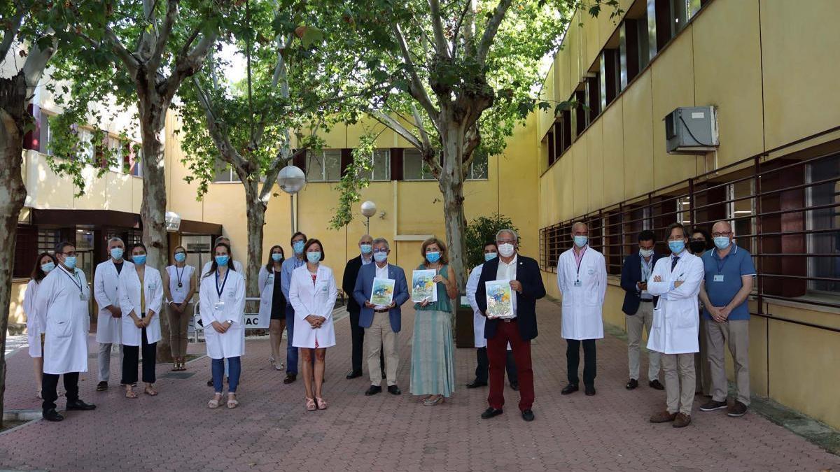 El hospital Reina Sofía agradece con una obra de arte el apoyo recibido en la pandemia