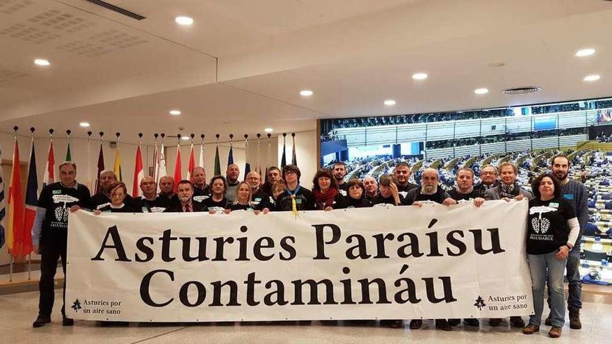 """Bruselas pide a """"Asturias por un Aire Sano"""" los datos de polución en El Lauredal"""