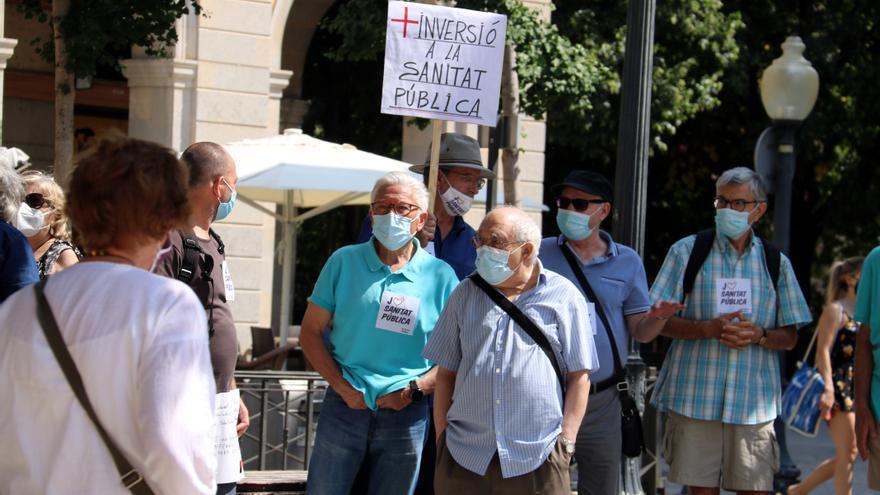 """Concentració a Girona per reclamar al Govern que aboqui recursos a l'atenció primària com a """"servei imprescindible"""""""