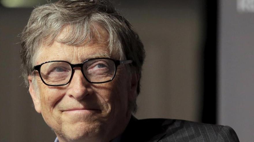 Bill Gates insta a destinar más dinero para una vacuna contra el coronavirus