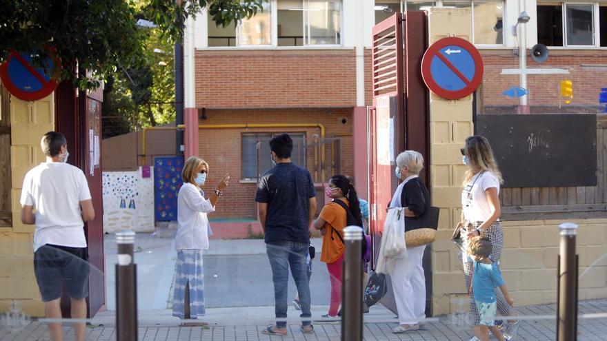 L'Ajuntament de València aposta perquè hi haja col·legi en Falles