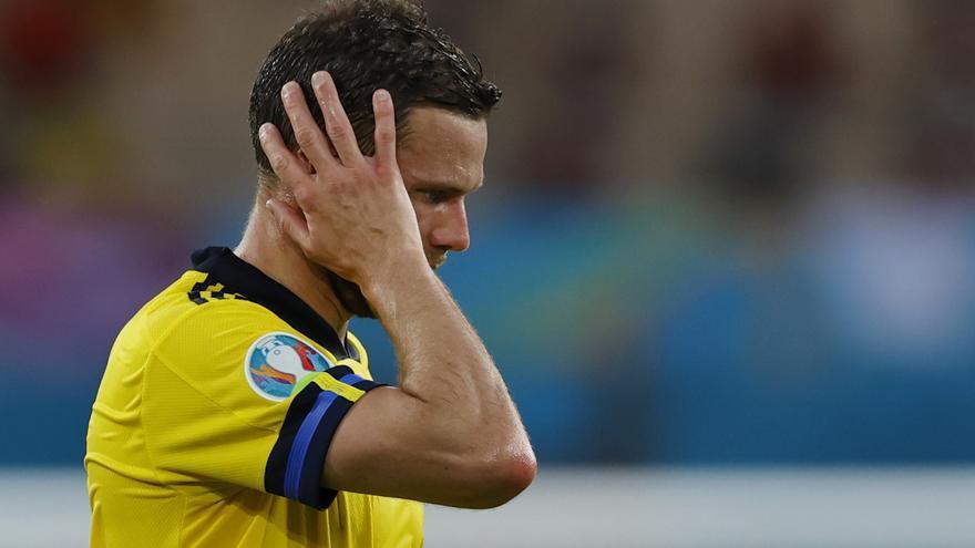 El delantero sueco Berg sufre insultos y amenazas por fallar una clara ocasión ante España