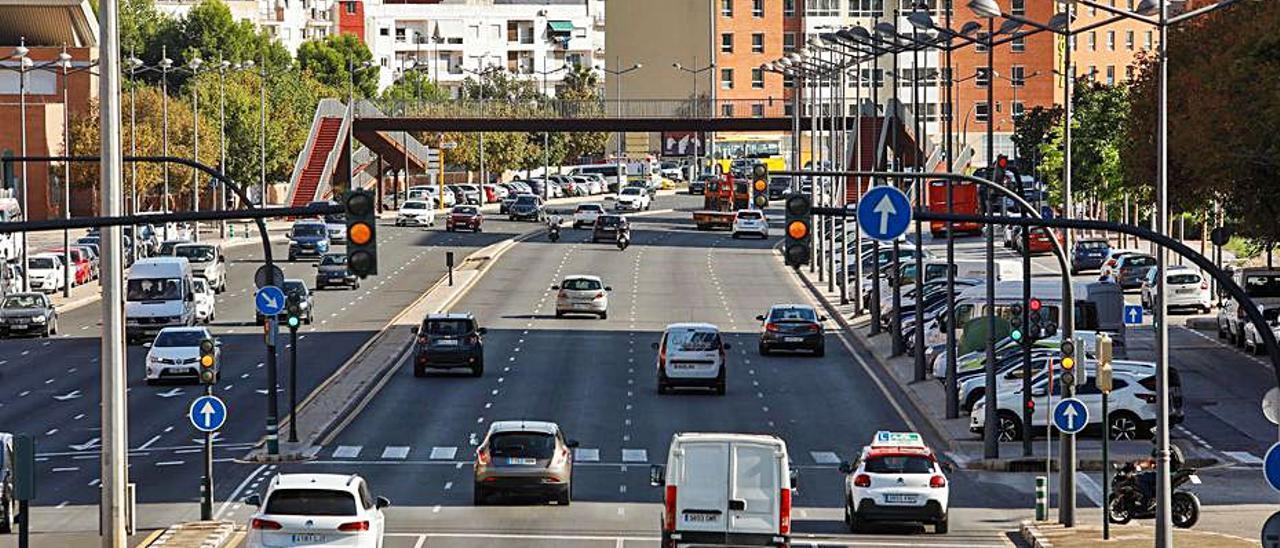La pista de Silla (avenida Ausiàs March). | M.A.MONTESINOS