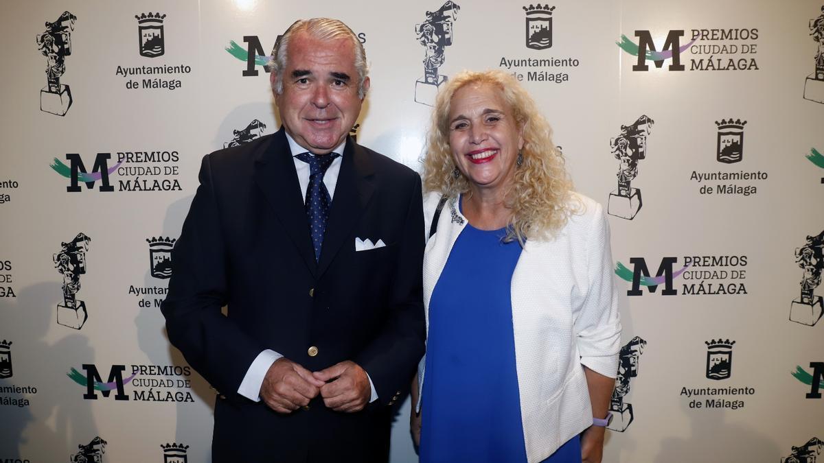 El Ayuntamiento acoge la entrega de los Premios Málaga