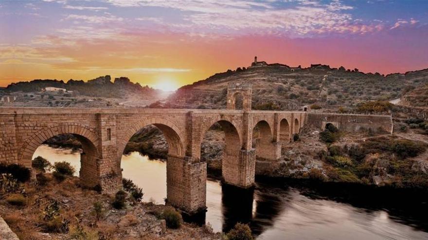 El puente de Alcántara aventaja en 20.000 votos a su rival para ser el 'Mejor Rincón 2014'