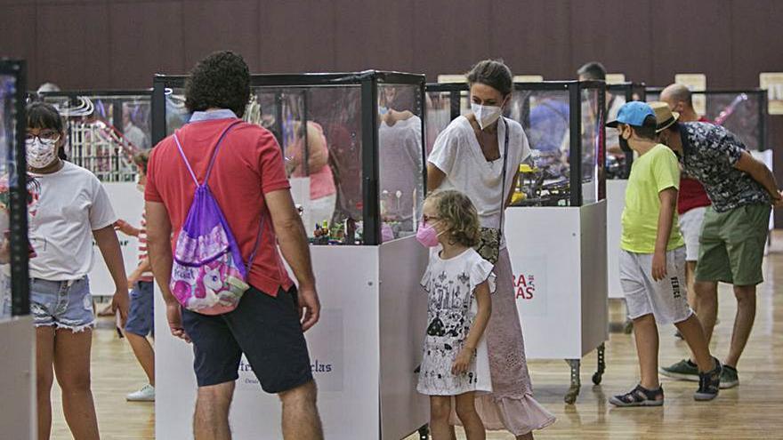 Platja de Gandia Més de 14.000 persones visiten «Gandia Bricks»