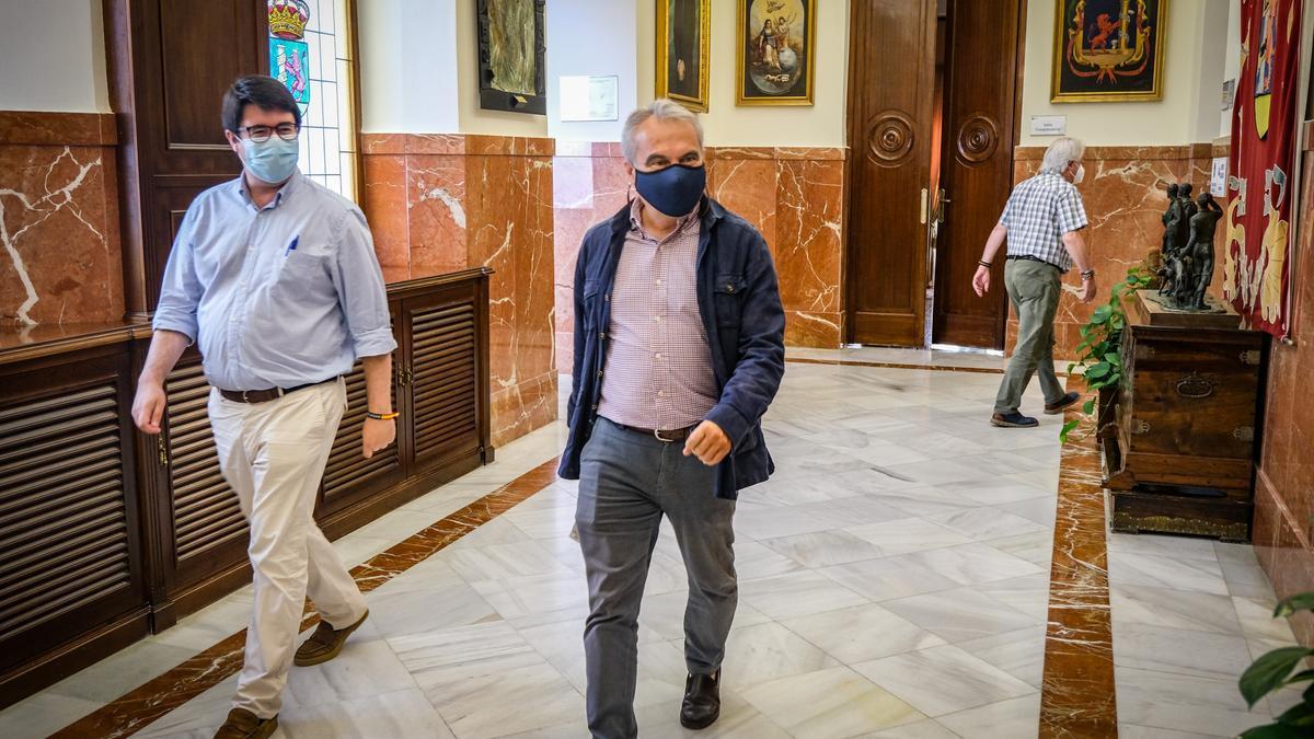 Fragoso, ayer, en los pasillos del ayuntamiento.