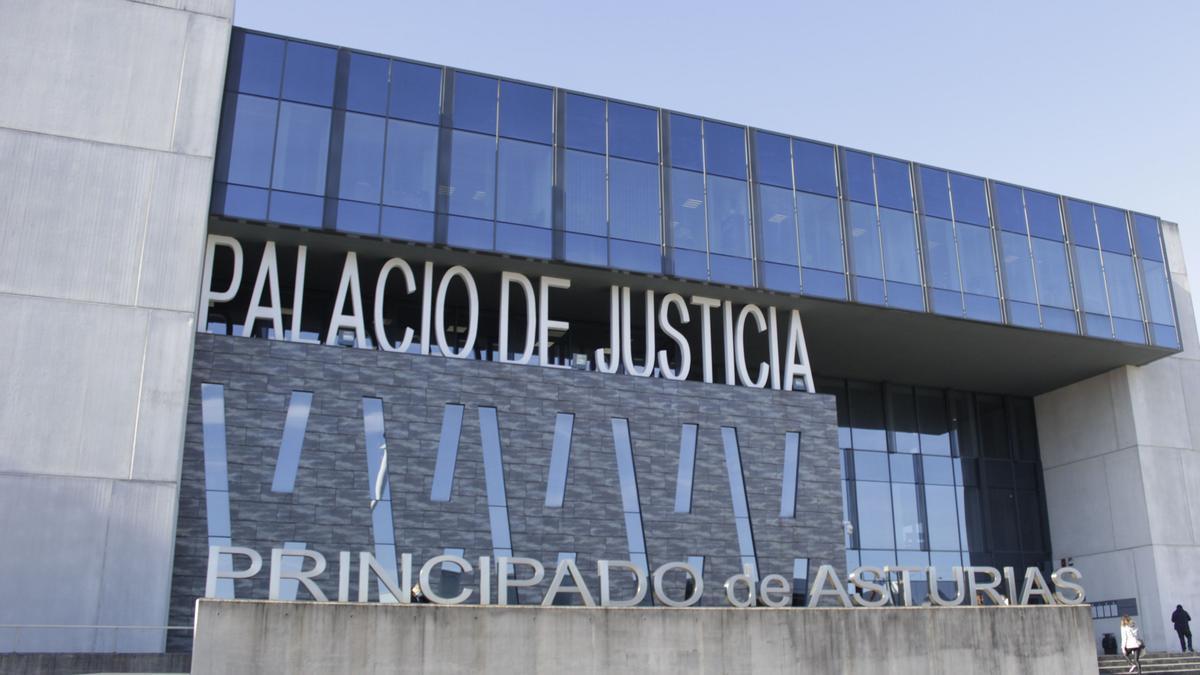 Imagen de archivo del Palacio de Justicia de Gijón