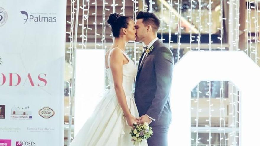 Campanas de boda en el C.C. 7 Palmas