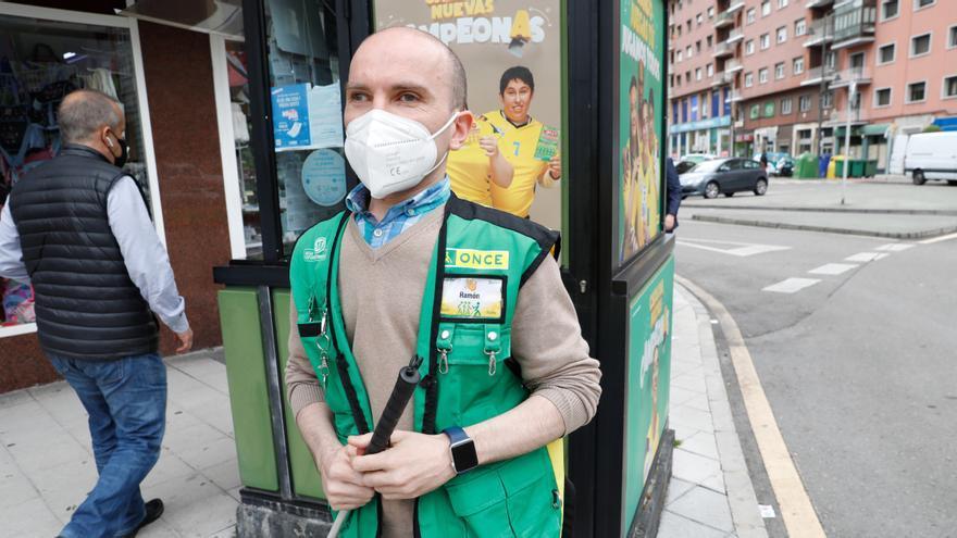 La ONCE pide más accesibilidad para las estaciones de autobús y tren de Avilés