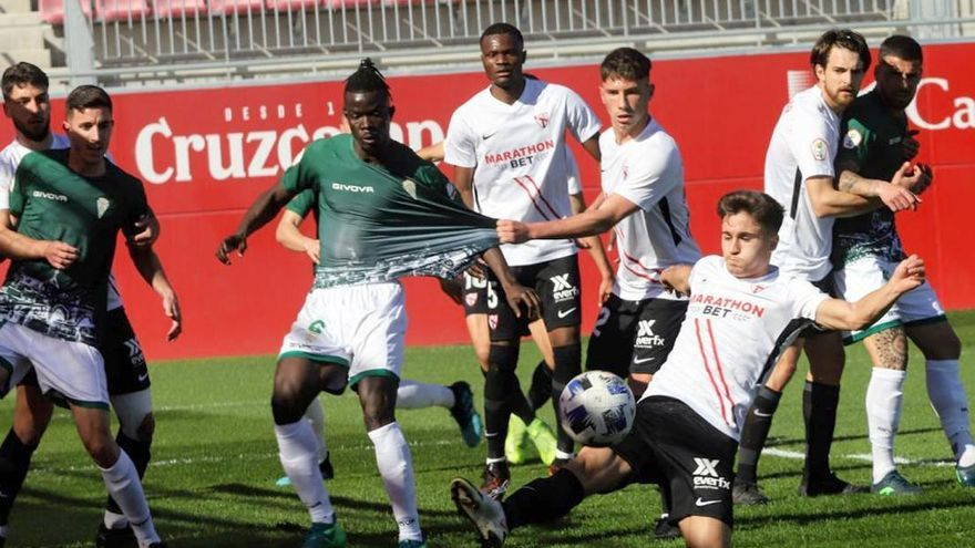 El Córdoba CF ya está contra las cuerdas
