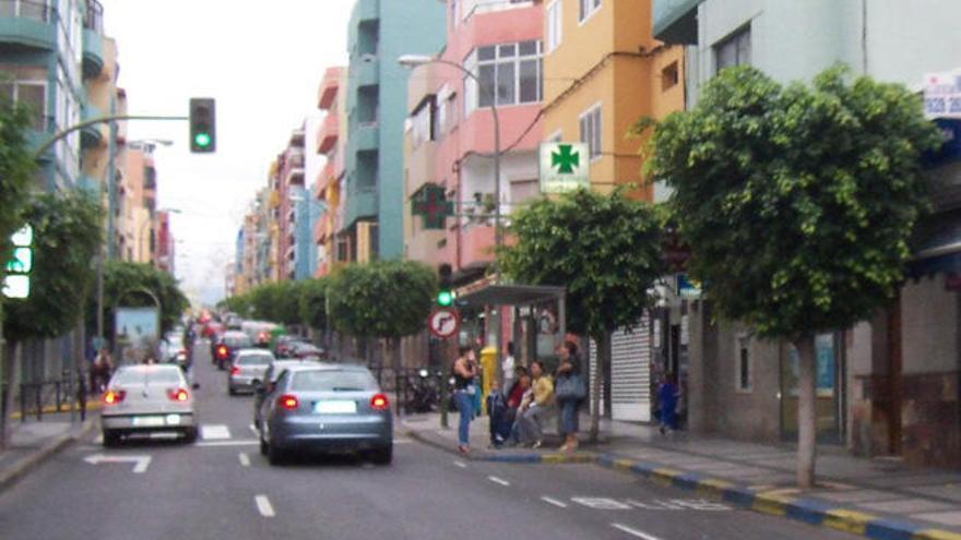 El Ayuntamiento se compromete a mejorar la seguridad, los aparcamientos y la iluminación del barrio de Schamann