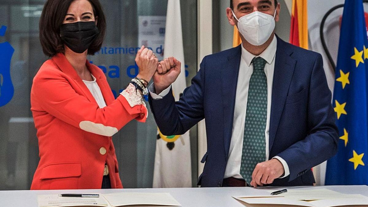 El Ayuntamiento de Ejea ha firmado un protocolo de colaboración con el Grupo Apex.   SERVICIO ESPECIAL