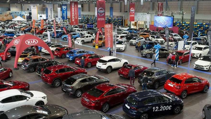 Los concesionarios aplican descuentos de hasta 10.000 euros en el Salón del Automóvil