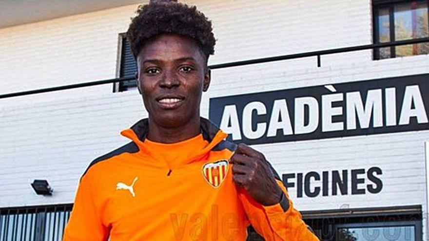 El Valencia CF firma a Bashiru, delantero ghanés de 18 años
