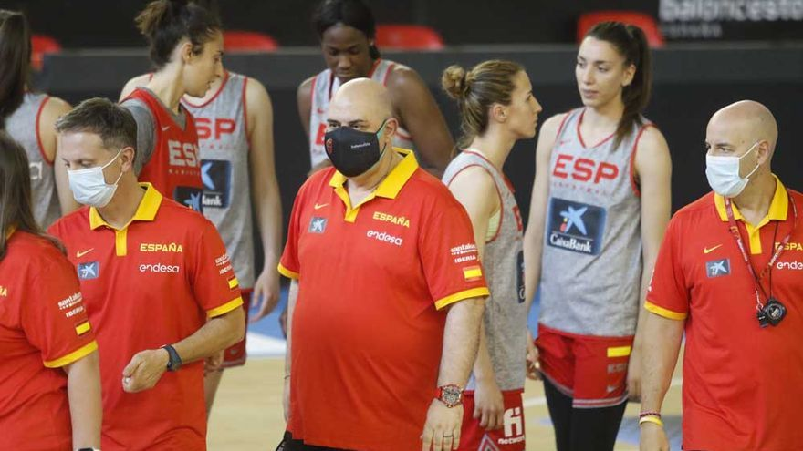 La selección española femenina de baloncesto ya está en Córdoba