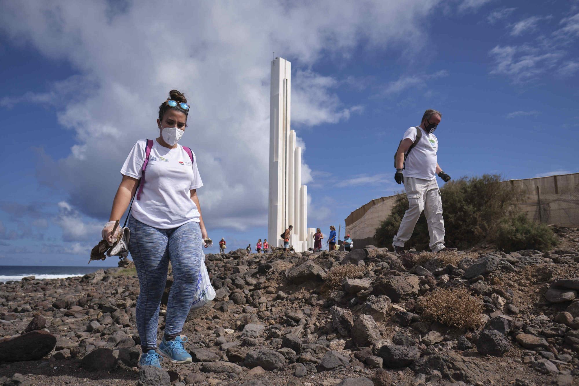Limpieza de los charcos de Punta del Hidalgo
