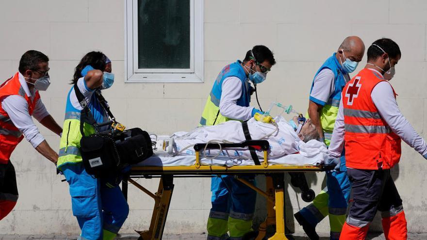 Sanidad notifica 8.581 casos nuevos, 3.663 en el último día