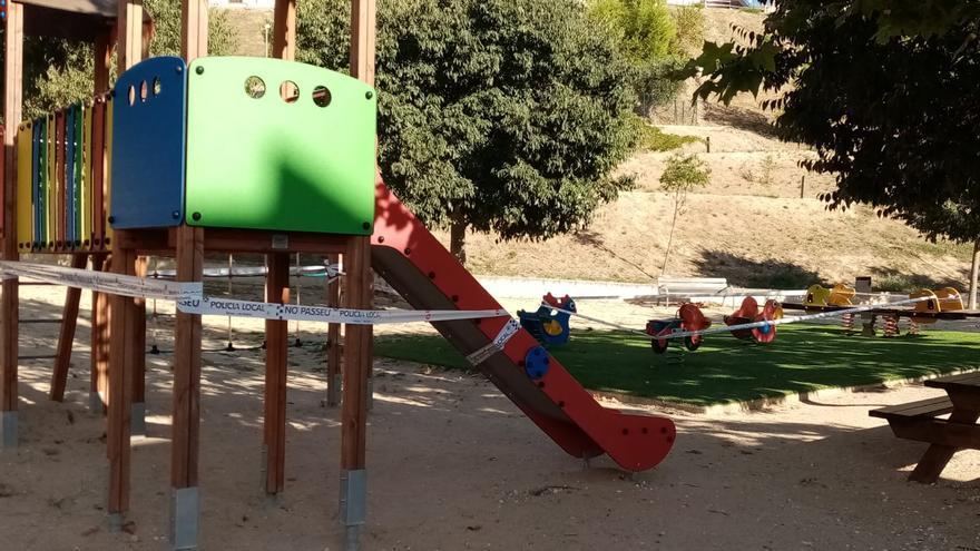 Banyeres e Ibi cierran parques y edificios públicos