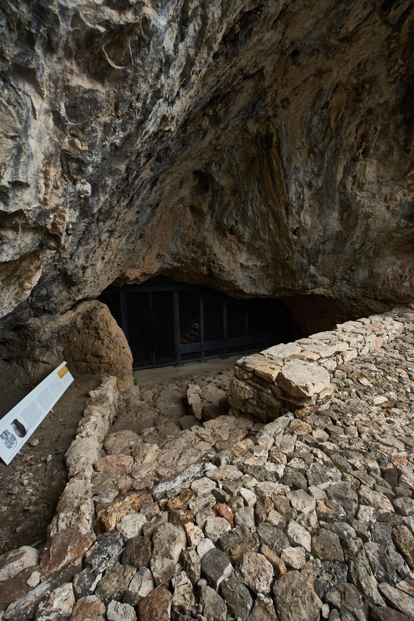 La Cova de l'Or se abre a las visitas