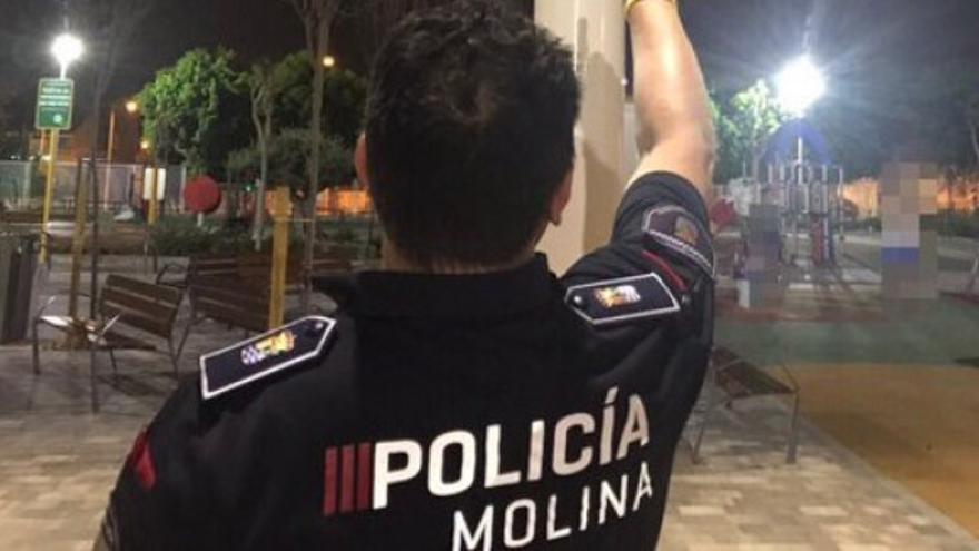 Desmantelan una fiesta en un bar de Molina con 40 personas sin mascarilla
