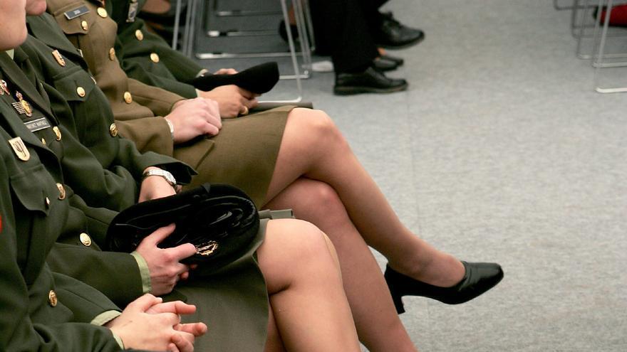 Condenan a casi 3 años de cárcel a un coronel que abusó de una teniente