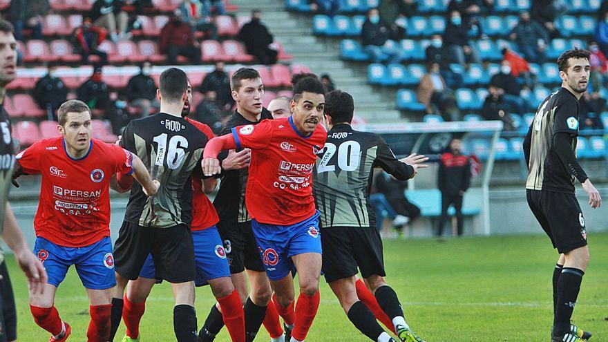 La Unión Deportiva Ourense renueva su banquillo