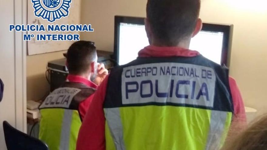 Detenida en Málaga por acosar con casi 200 llamadas diarias a una amiga de su ex