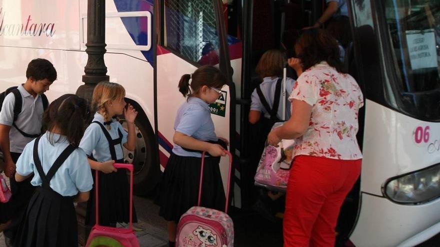 """IU y el consejo de distrito Centro dicen que los autobuses escolares sembrarán """"el caos circulatorio"""""""