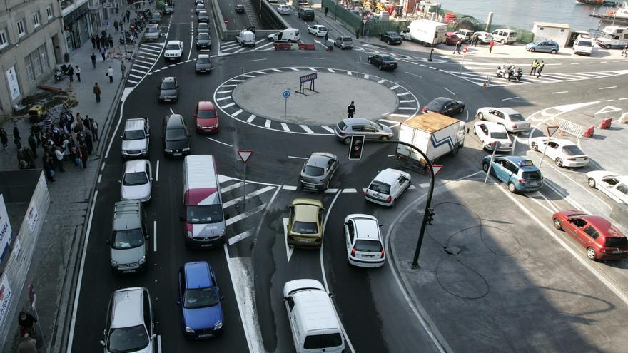 La apertura de un centro comercial que aún se padece 13 años después en el tráfico de Vigo