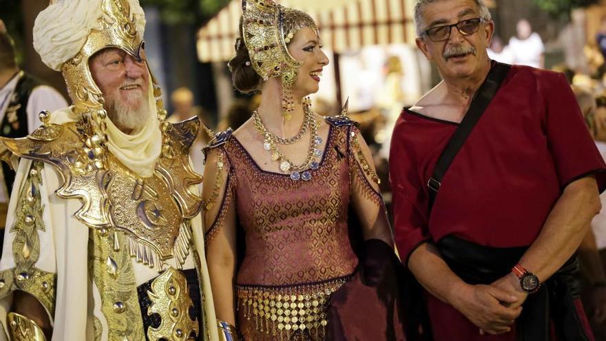 La gota fría obliga a suspender el desfile de Moros y Cristianos por primera vez en su historia