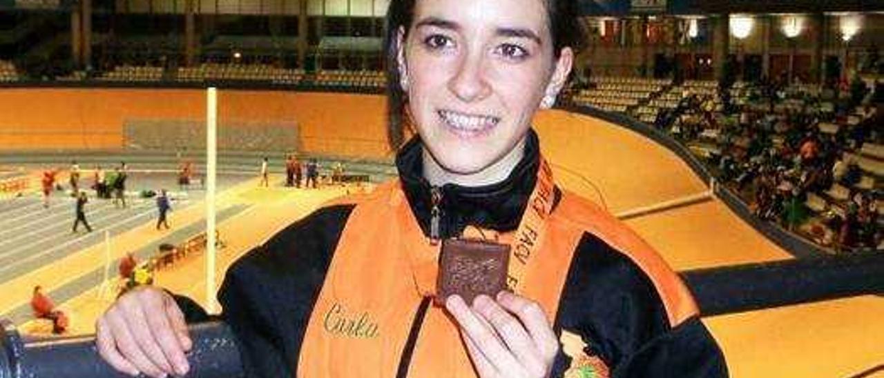 Toni Montalvá  suma un oro en el autonómico de lanzamiento de peso juvenil