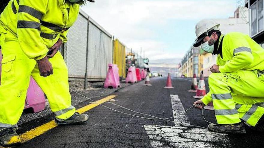 Canarias recibe 200 millones de la deuda carreteras para gastar como quiera