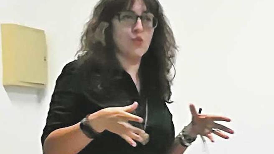 """Ana Seijo: """"El profesional que trabaja en un ´coworking´ debe tener la idea de crecer"""""""