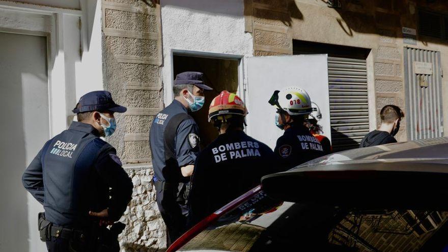 Desalojan un piso ocupado en Palma por riesgo de derrumbe