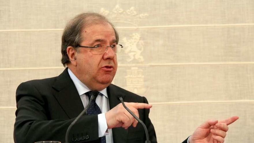 Herrera destaca que la democracia no se entiende sin un PSOE fuerte y sólido