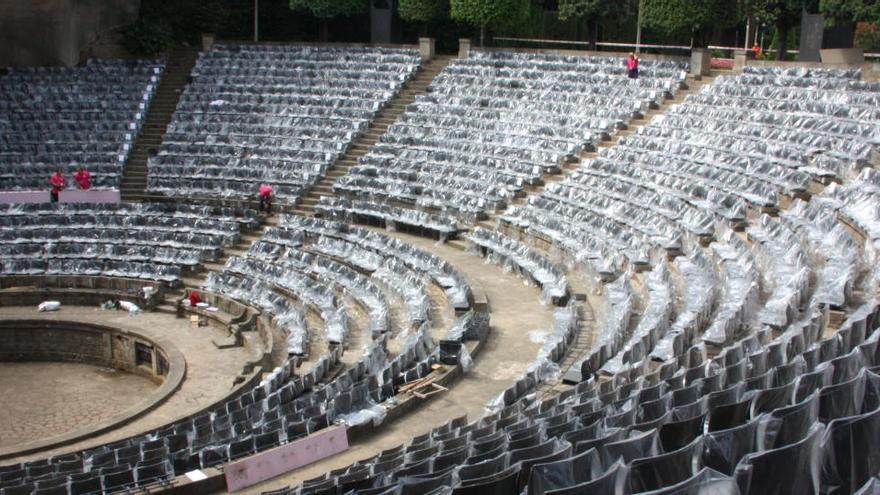La Guàrdia Urbana de Barcelona desallotja una festa il·legal al teatre Grec amb 140 persones