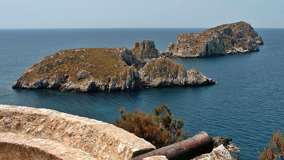 Calvià propone al Govern la unificación y ampliación de las dos reservas marinas