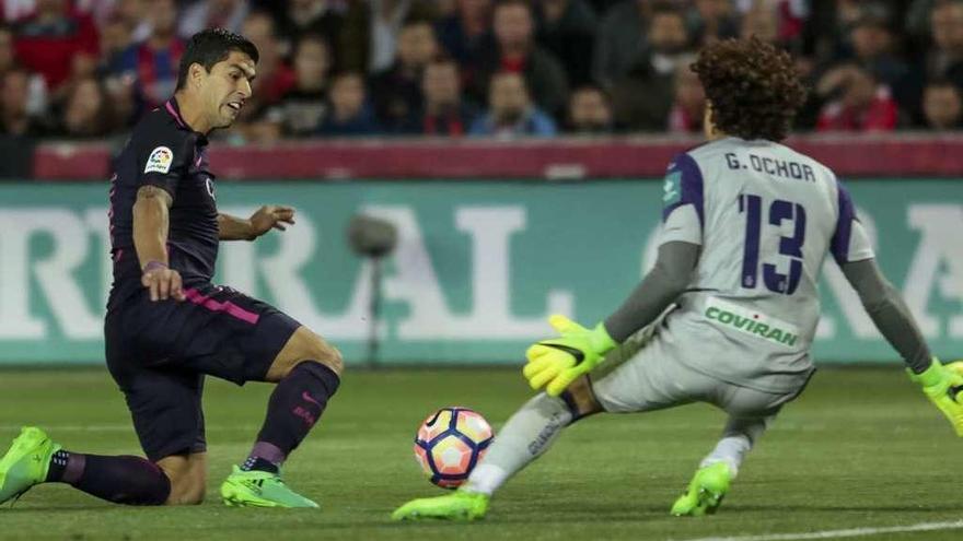 El Barça golea a medio gas