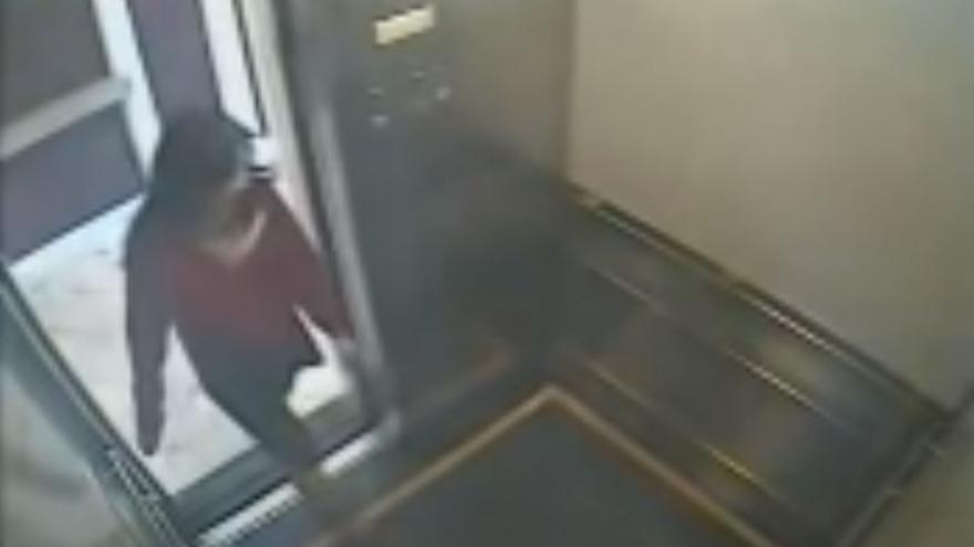 El vídeo de Elisa Lam en un ascensor que gestó la última serie de Netflix
