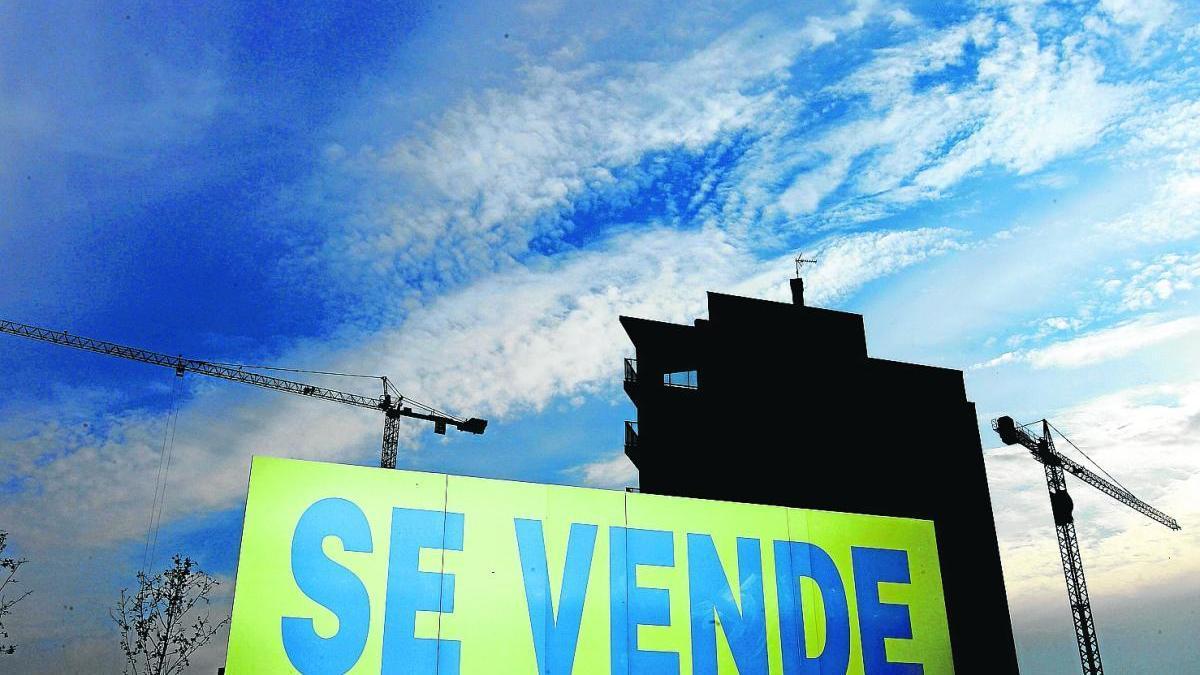 Los murcianos tienen que destinar de media 4,3 años de sueldo a pagar una vivienda