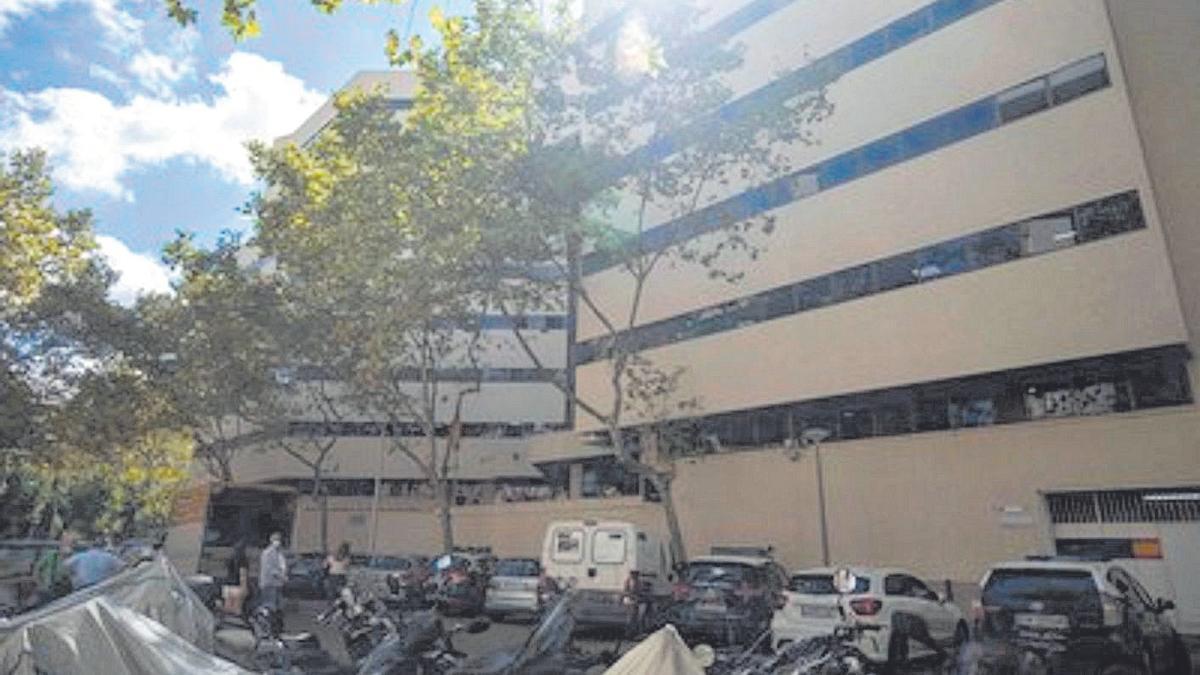 Exterior de la Jefatura de Policía Nacional en Palma.