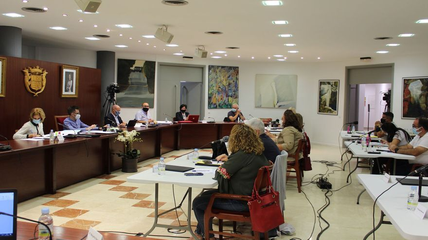 Novelda subirá un 10% el recibo del agua para pagar 911.000 euros a la concesionaria tras el fallo del TSJ