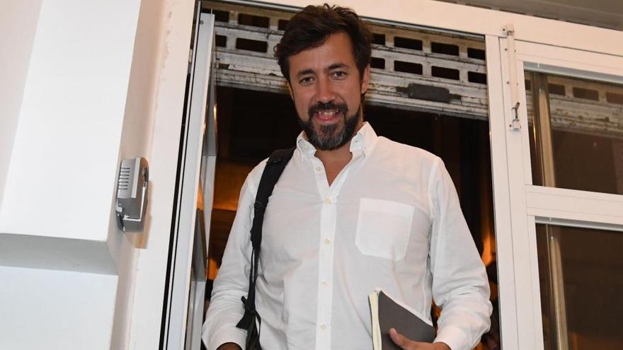 """Gómez-Reino pide asumir la """"refundación"""" de En Marea tras las discrepancias"""